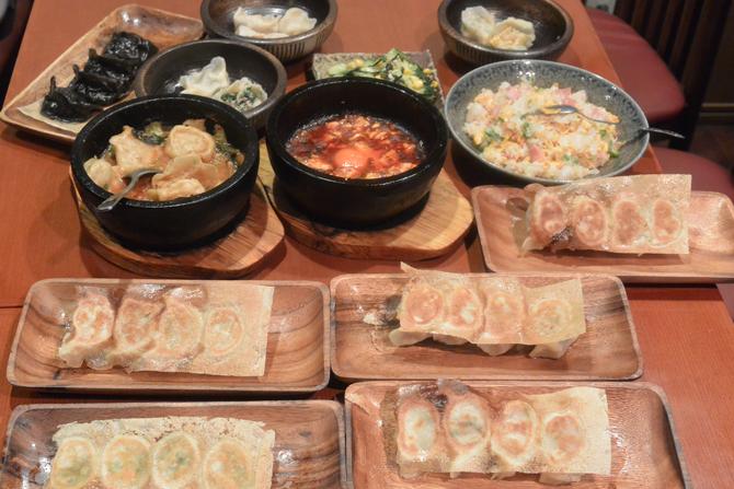 秋葉原の餃子がウマイ!なんとフカヒレ、カニ、牡蠣を使った餃子が食べ放題でした