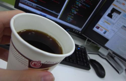 エンジニアの朝は一杯のコーヒーからはじまる