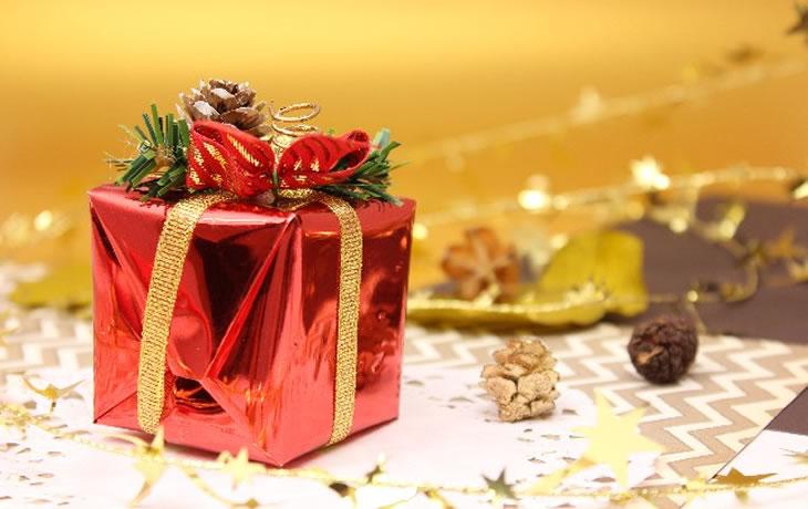 女性に聞いたクリスマスプレゼントで欲しい物ランキング - ぐるなび みんなのごはん